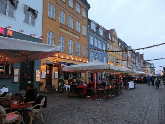 Bars and restaurants along Nyhavn